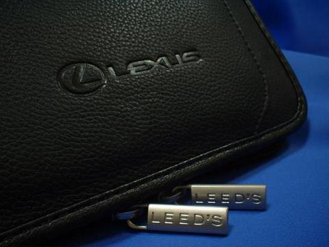 Lexus Manhattan Leather Padfolio