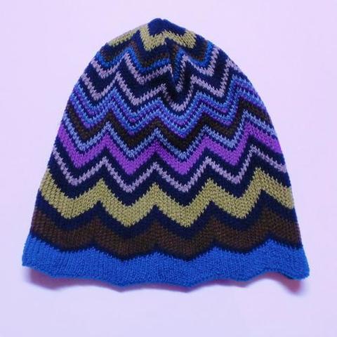 【FRANCE】ギザギザ模様 カラービーニー ニット帽 フランス製(FR2379)