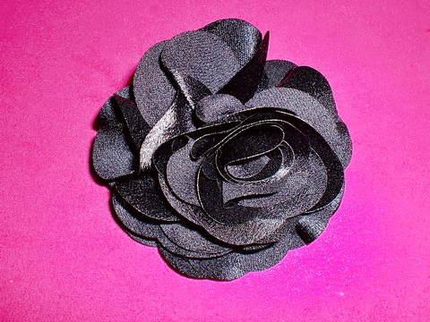 薔薇のコサージュ サテン地(C1740)
