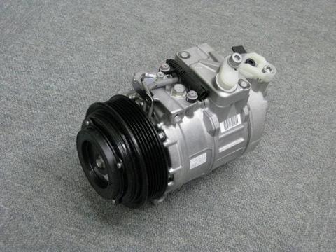 メルセデスベンツ W202 Cクラス エアコン コンプレッサー