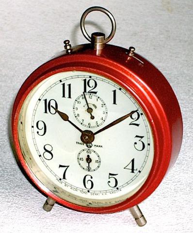 愛知時計 数回打丸形目覚(後期型) 昭和10年代後半【040】