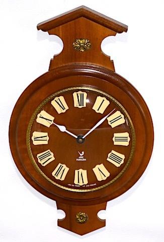 JAZ(フランス) 木製掛時計 1967年~1975年【W254】