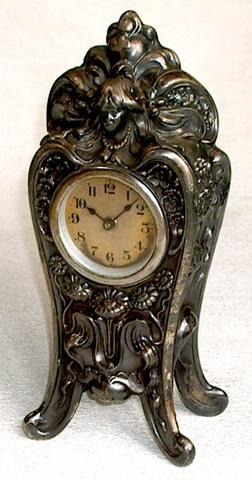 LUX(アメリカ) 金属製置時計 1920〜1930年代【095】