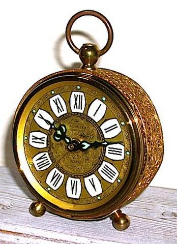 ADMIRA(西ドイツ)1950〜60年代 小型目覚時計【089】