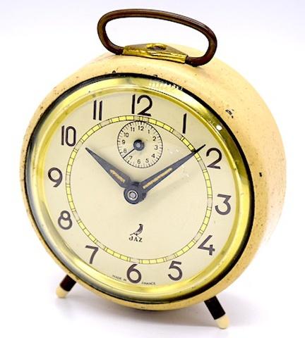 JAZ(フランス) 丸型目覚時計 1950年代頃【119】