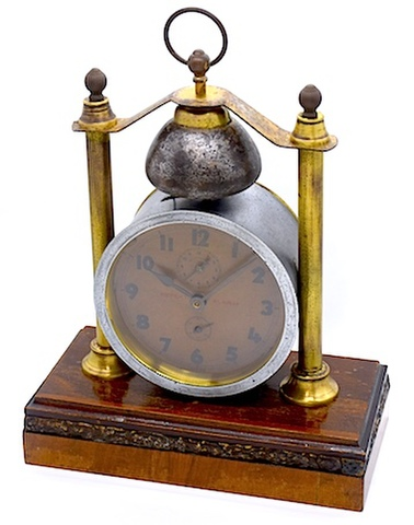 ドイツ製 木製台座付 数回打目覚時計 1920年代頃【002】