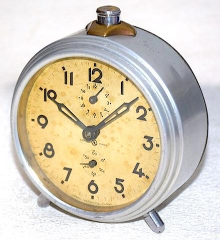 農村時計 アルミ枠目覚時計 昭和20年代前半【089】