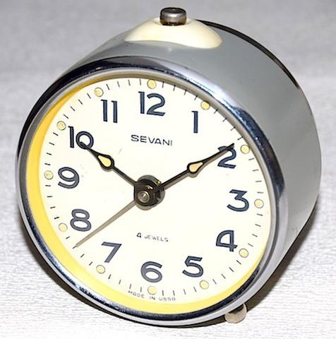 SEVANI(ソ連) 丸型目覚時計(グレー) 1960年代頃【039】
