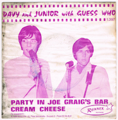 DAVY AND JUNIOR WITH GUESS WHO / PARTY IN JOE GRAIG'S BAR