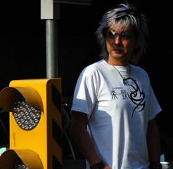Tシャツ2008「トライバル」ホワイト