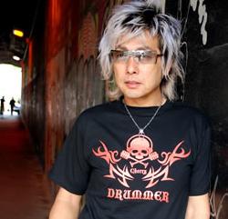 Tシャツ2008「DRUMMER」オレンジ柄