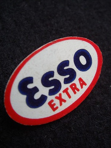 ESSO EXTRA 60'S  ロゴ オーバル バッジ