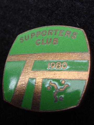 マン島 T.T. 1980年 サポーターズクラブ バッジ