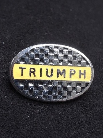 TRIUMPH BADGE OVAL CHEQUERED