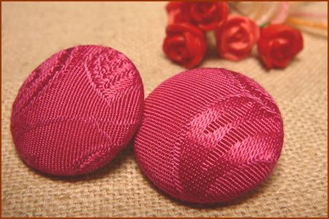 くるみボタン(赤紫)2個セット