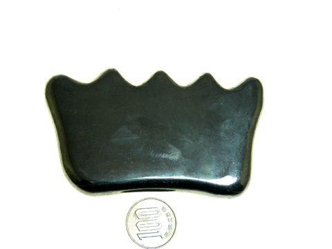 【薬石苑】テラヘルツ鉱石  櫛型 手造りかっさ&ツボ押しプレート特大 110mm112g