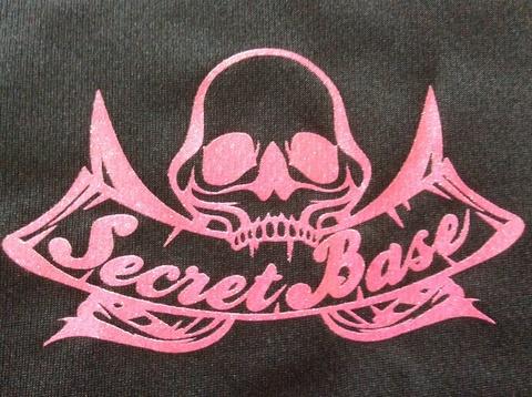 SECRET BASE ロゴ ドライメッシュ Tシャツ