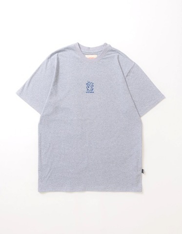 VICTORIA / OFFSET QUEENHEAD T SHIRT GREY