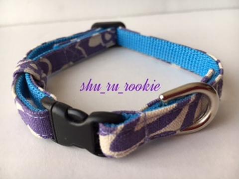 シックな紫柄
