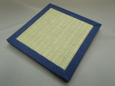 リバーシブル畳コースター  紺色へり・緑色