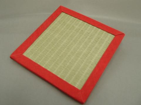 リバーシブル畳コースター  赤色へり・緑色