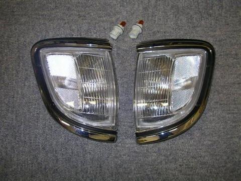 1995-1996 TACOMA クリアーコーナーランプ 2WD