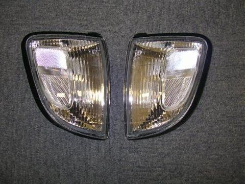 1997-2000 TACOMA クリアーコーナーランプ 2WD