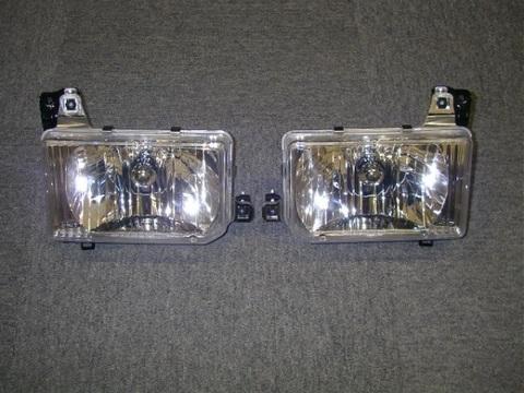 1987-95 パスファインダー USヘッドライト クリスタルタイプ Pr