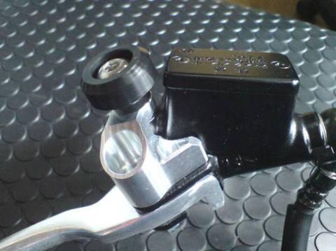NSF100/NSR50 マスターシリンダープロテクター