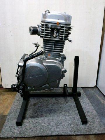 エイプ NSF100 CB50 XR100R ホンダ系縦型エンジンスタンド