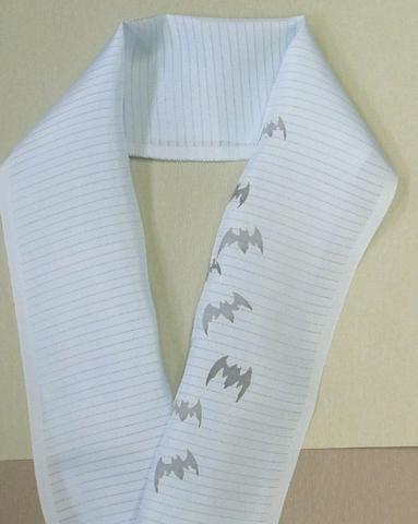 正絹絽半衿「コウモリ」