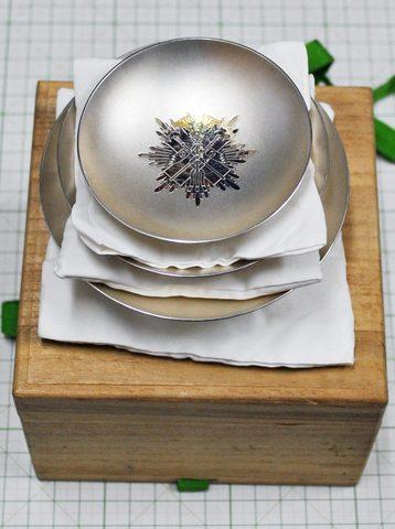 金鵄勲章銀盃 三杯箱付