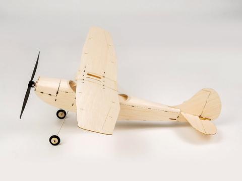 マイクロ・バルサキット・セスナL -19