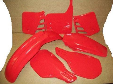 1985/1986 Honda CR 250 CR250 Plastic Kit Red