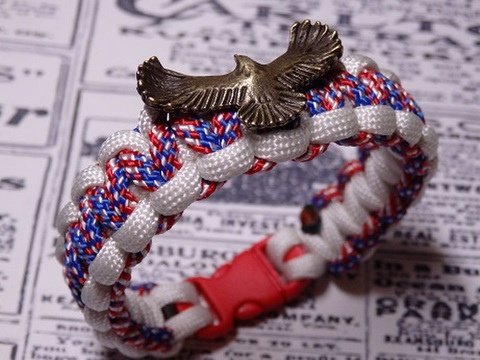 パラブレス eagleCharm USA