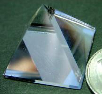 天然水晶(ピラミッド)