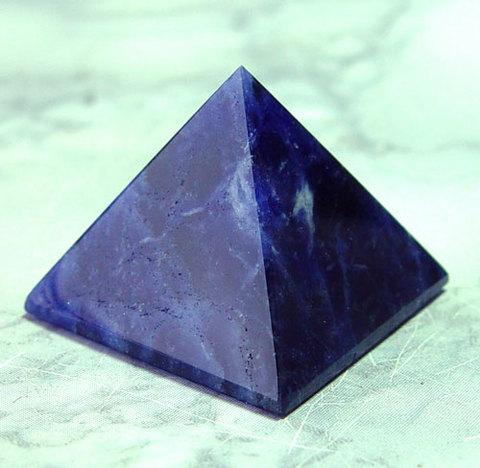 ソーダライト(ピラミッド)