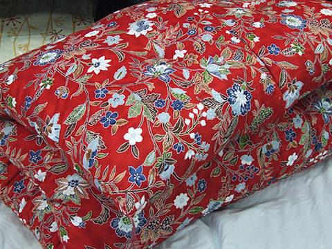 西川紬サテン手作り綿寝具(赤)上下組