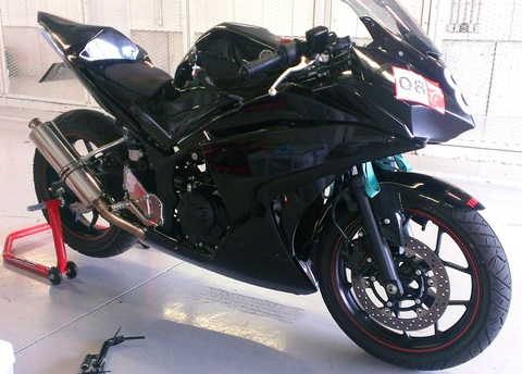 YZF-R25サーキットデビュー応援キット