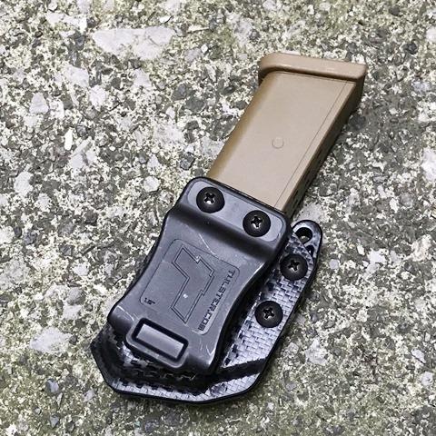 ECHO カイデックス・マグキャリア (9mm/.40 DS) CARBON