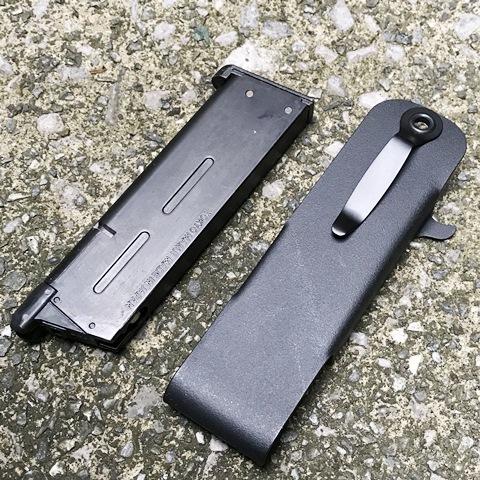 Snagmag  GM / SIG P220用マガジンキャリア