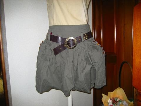 バルーンタイプサイドギャザースカート