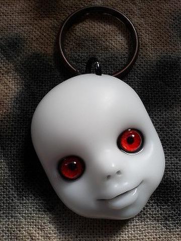 SIN (白顔赤眼)キーリング