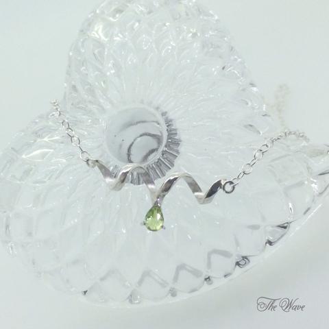 Teardrop peridot - silver -