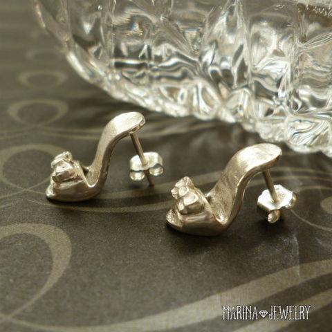 シンデレラの靴のピアス - silver