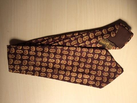 Vintage Tie 8