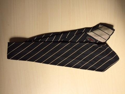 Vintage Tie 6