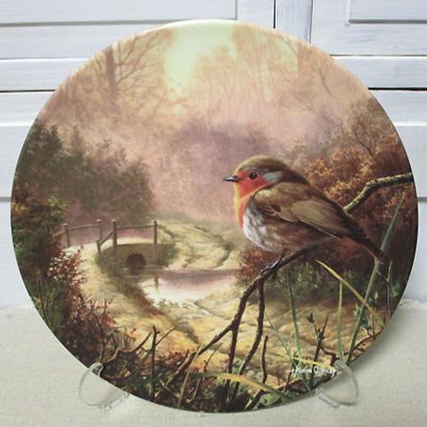 <Royal Doulton>飾り皿!夜明けの光明・駒鳥