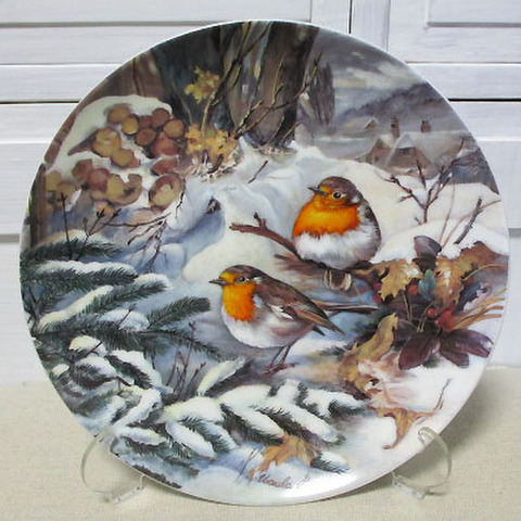 <HUTSCHENREUTHER>飾り皿!冬の鳥・雪の中の駒鳥