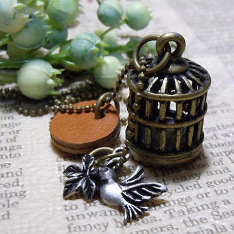 ネックレス・小鳥と鳥籠